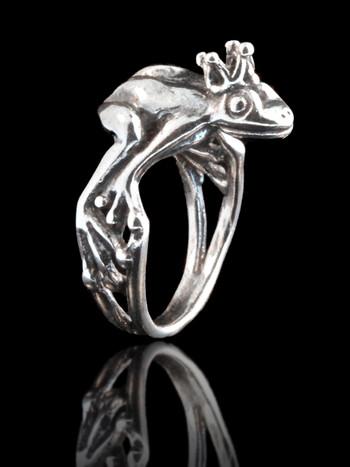 Enchanted Frog Prince Ring Silver