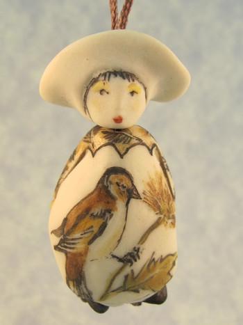 Madeleine - Les Petite Bon-Hommes en Porcelaine - SOLD