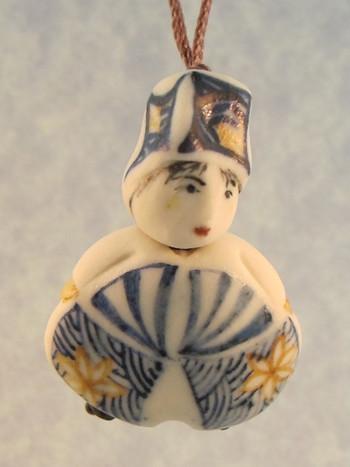 Emiko - Les Petite Bon-Hommes en Porcelaine