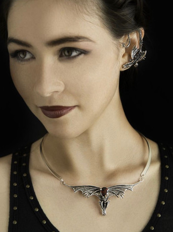Gothic Dragon Neckpiece with Pear Garnet and Neck-ring - Silver