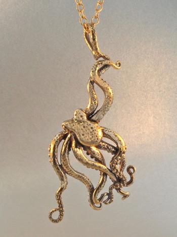 Large Octopus Pendant - Bronze