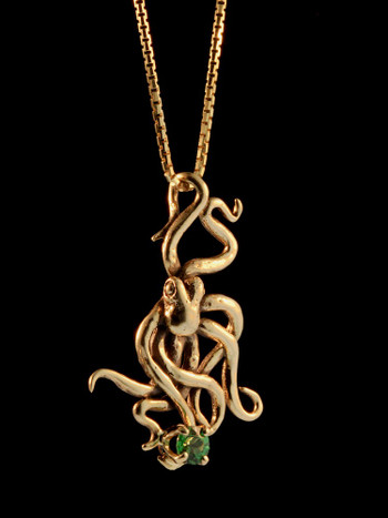 Octopus Charm in 14K Gold with Tsavorite
