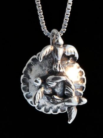 Mother Goose - Blackbird in a Pie Charm - Silver