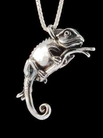 Chameleon Charm Pendant - Silver