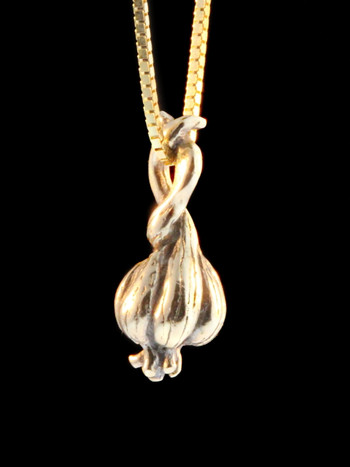 Garlic - Small Garlic Clove Charm - 14k Gold