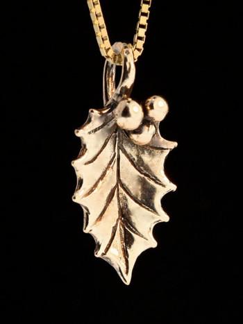 Holly Leaf Charm Pendant -14k Gold