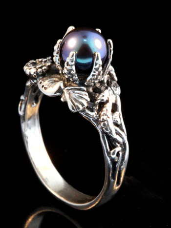 Atlantis Treasure Ring with Black Pearl