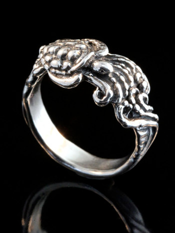 Wave Rider Turtle Ring