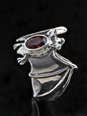 Silver Classic Bat Ring with Gemstone Back with Mozambique Garnet