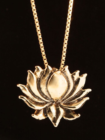 Lotus Charm in 14K Gold