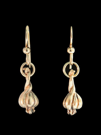 Small Garlic Clove Earrings in 14K Gold