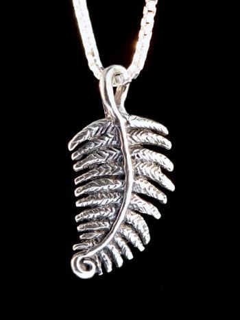 Jungle Jewel Fern Charm in Silver