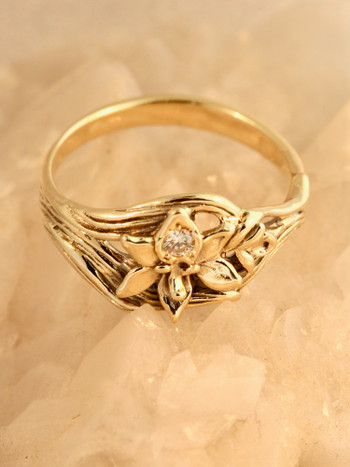 Orchid Ring with .5 Diamond - 14k Gold