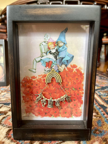 Classic Wizard of Oz Charm Collection Shadow Box - Vintage