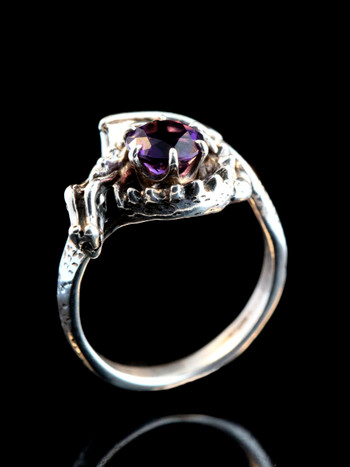Curled Dragon Ring with Amethyst