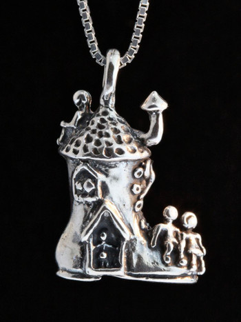 Mother Goose - Old Woman in a Shoe Charm - Silver