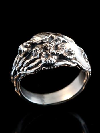 Tide Pool Ring in Sterling Silver