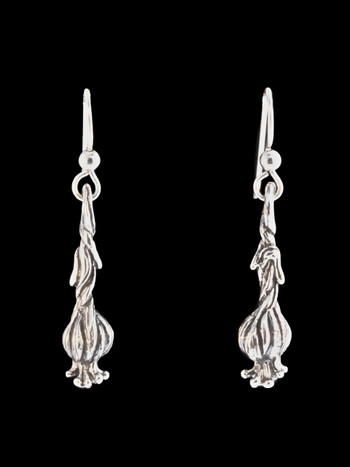 Medium Garlic Clove Earrings in Silver
