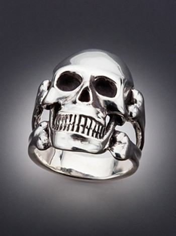 Large Skull and Crossbones Ring - Silver