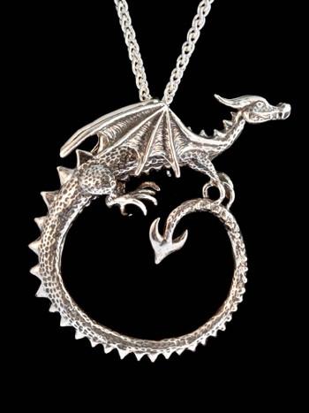 Circle Dragon Neckpiece in Silver