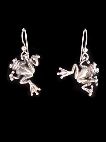 Tree Frog Earrings in Silver