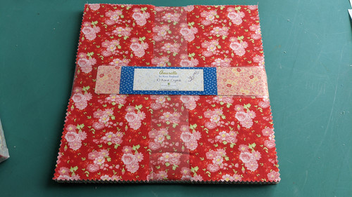 """Amorette by Kaye England (42) 10"""" square pack"""