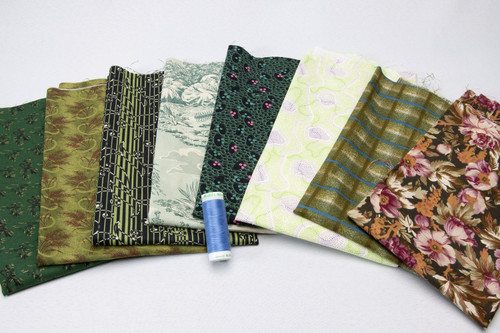 Green Envy (8) Fat Quarter pack w/BONUS thread