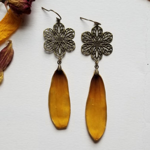 Black-Eyed Susan Earrings- Brass with Flower