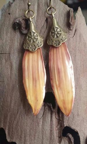 Sunflower Petal Earrings (#LYLPG12175)