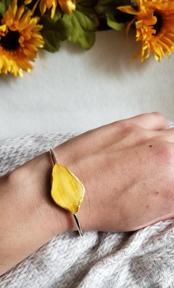 Daffodil Petal Bracelet- Sterling Silver