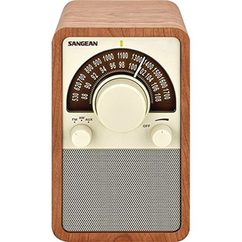 AM/FM Tabletop Radio (Walnut)