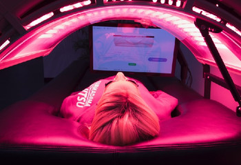 The Aqua Frixio - Massage Bed with Red Light