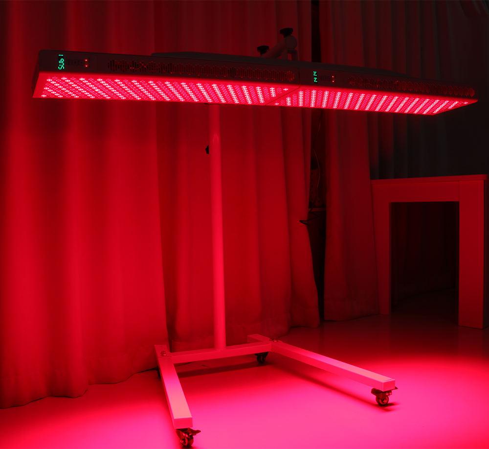 redlightwith-stand.jpg