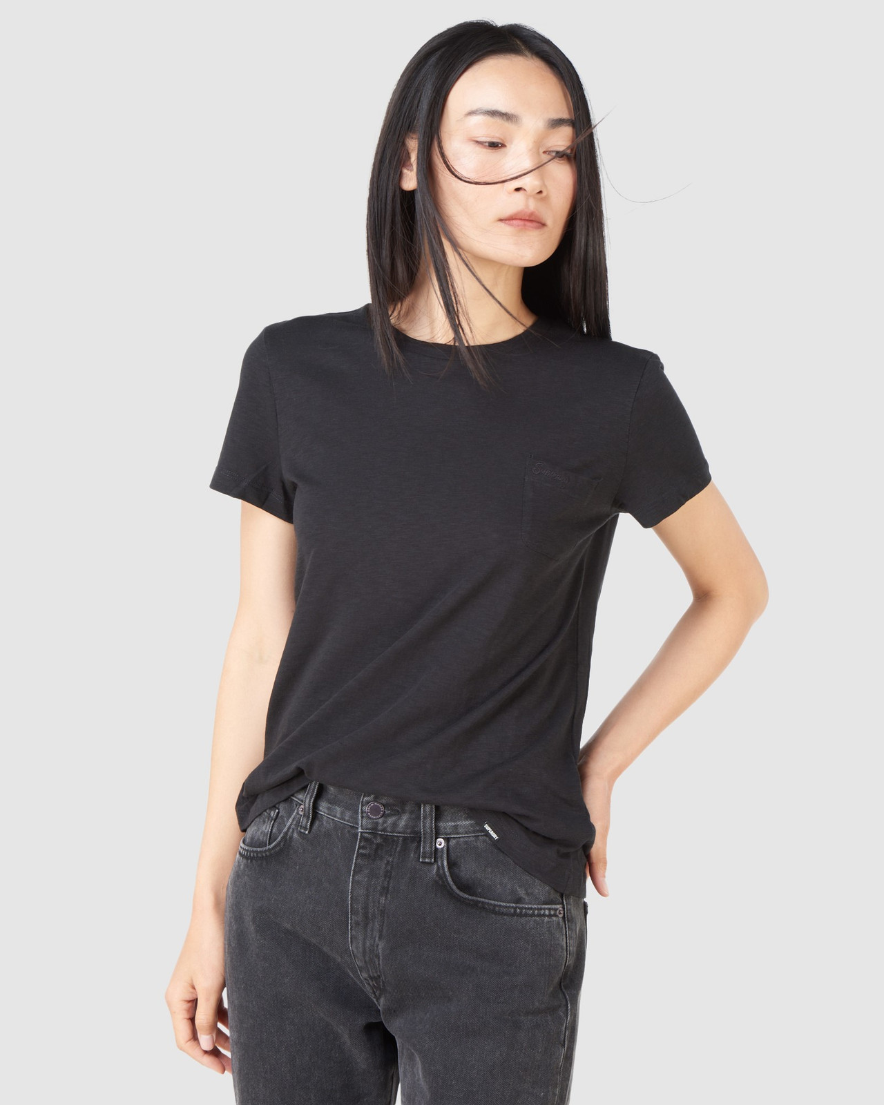 Superdry Womens SCRIPTED CREW TEE Black Plain T Shirts 2