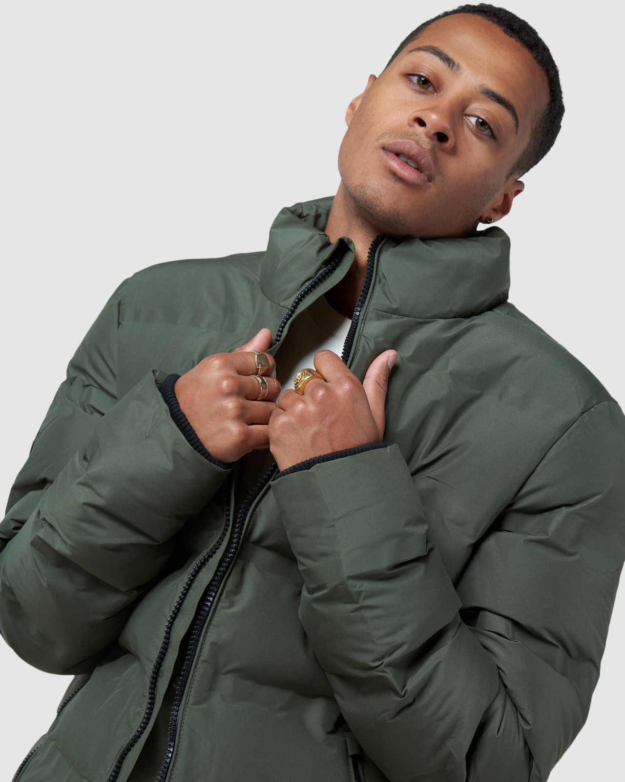 Superdry Mens ULTIMATE RADAR QUILT JACKET Green Puffer Jackets 4