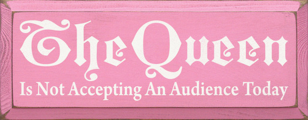 Shown in Old Pink with Cottage White lettering