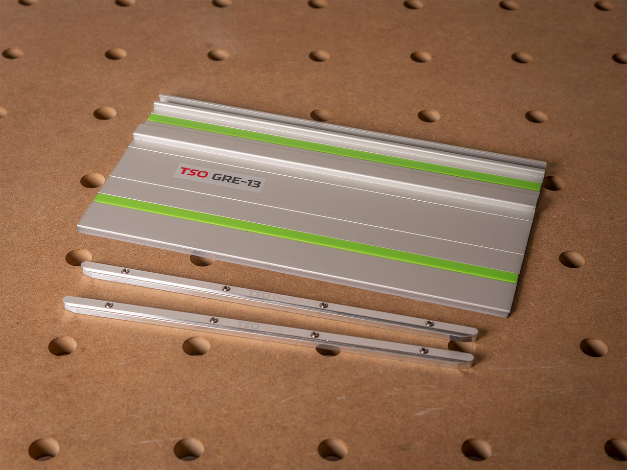 The complete GRE-13 package is shown here, with two GRC-12 self-aligning guide rail connectors.