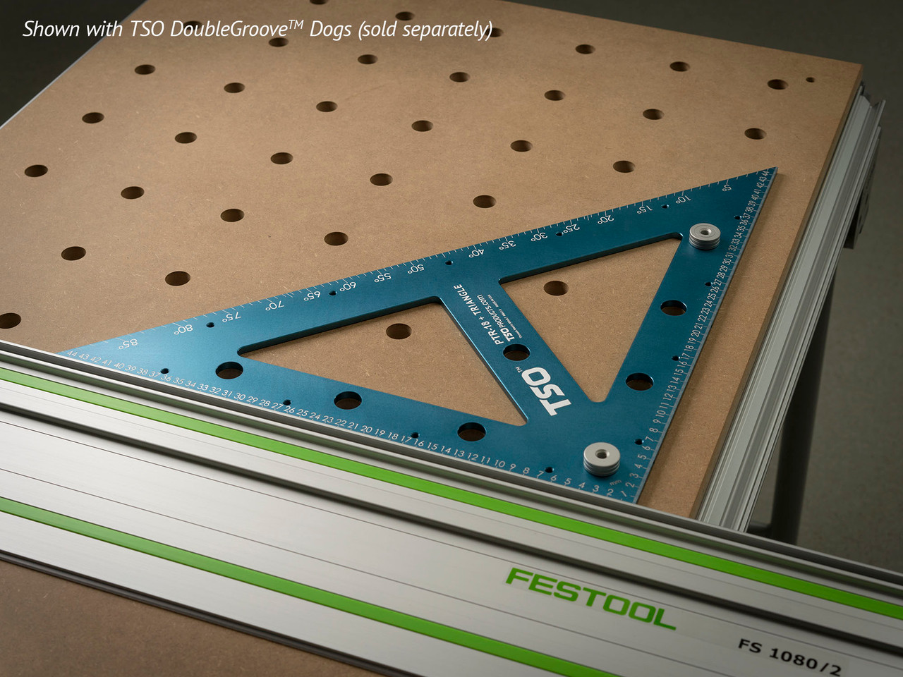 Quickly square your MFT/3 guide rail using the PTR-18's large perpendicular faces.