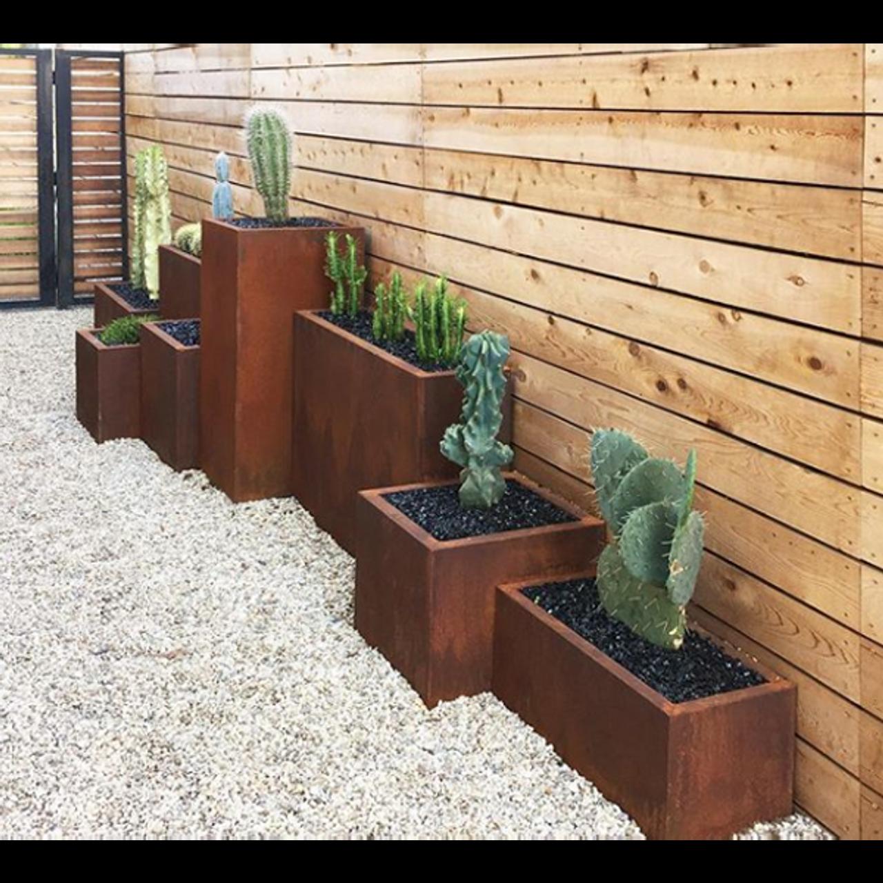 Veradek Corten Steel Pedestal Planter