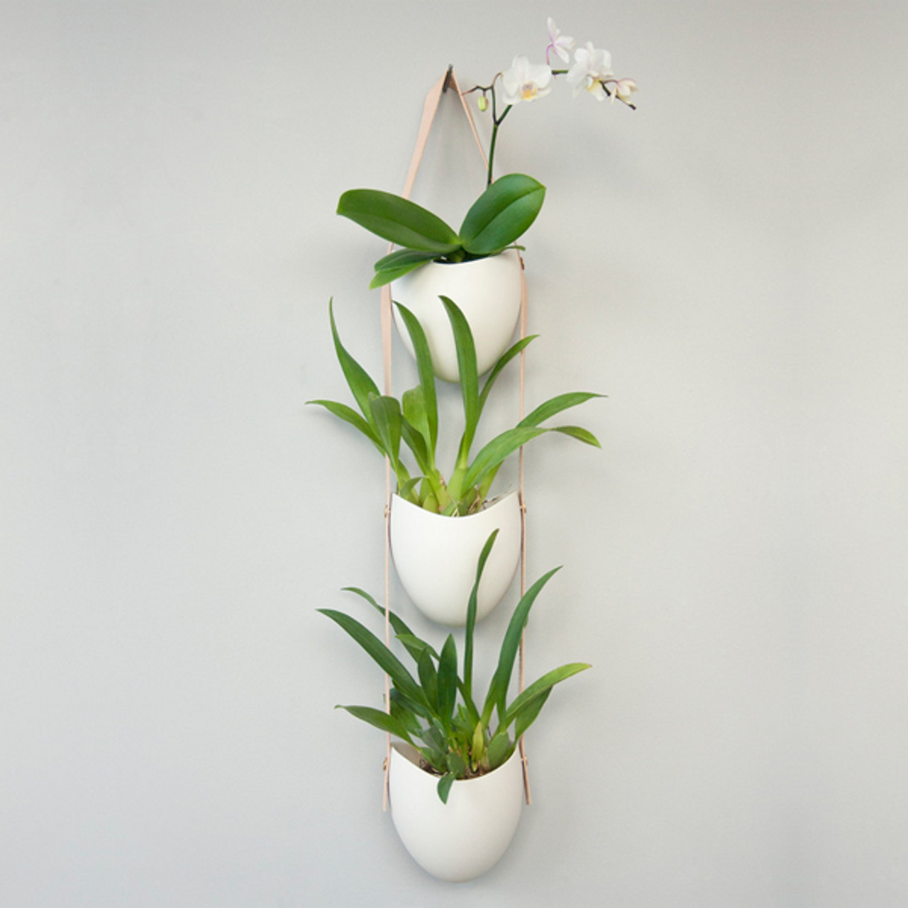 Modern 3 Tier Porcelain And Leather Planter