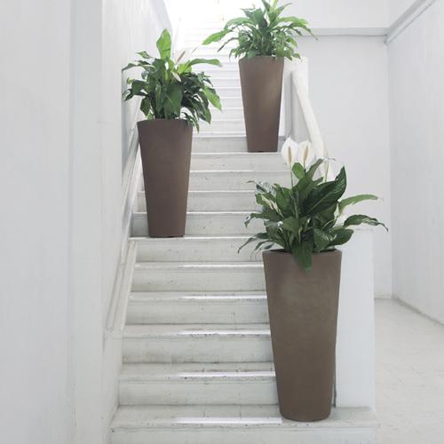 Bleeker Planter