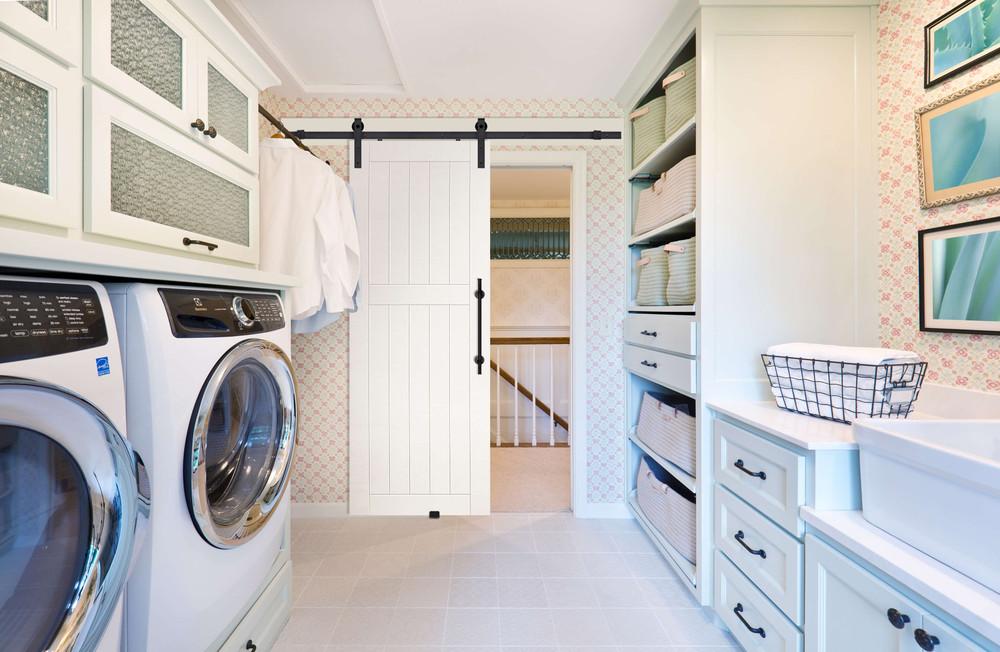 Six Ways to Organize Your Laundry Room Decor