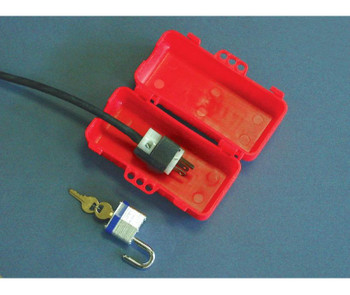 Plug Lockout Multiple Entry Red