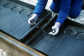 UltraTech Track Pans  -  Grate only for Center Pan with Stormwater Feature  - Left grate - 9571