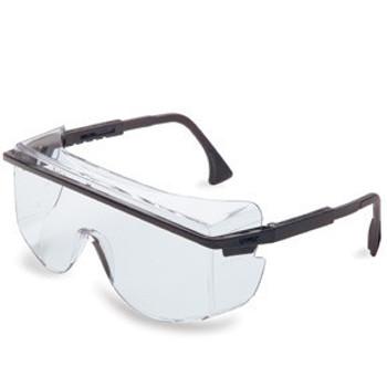 Uvex Astro OTG 3001 Black/Clear Anti Fog - S2500C