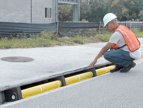 UltraTech Curb Guard Plus 4' Section - 9251