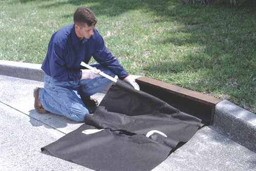 "UltraTech Drain Guard - Curb -Insert Style:  Oil & Sediment Model - For Curbs 42"" -60"" - 9231"
