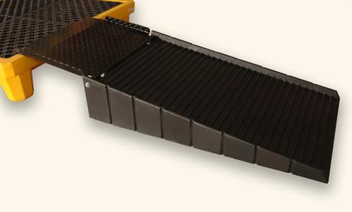 "UltraTech Ramp - Polyethylene with 8"" Steel Plate - 0676"
