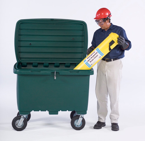 """UltraTech Utility Box - 15 cubic foot capacity -  8"""" pneumatic wheels - Safety Orange - 0867"""