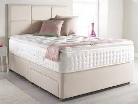 The Loren Williams 2500 divan set